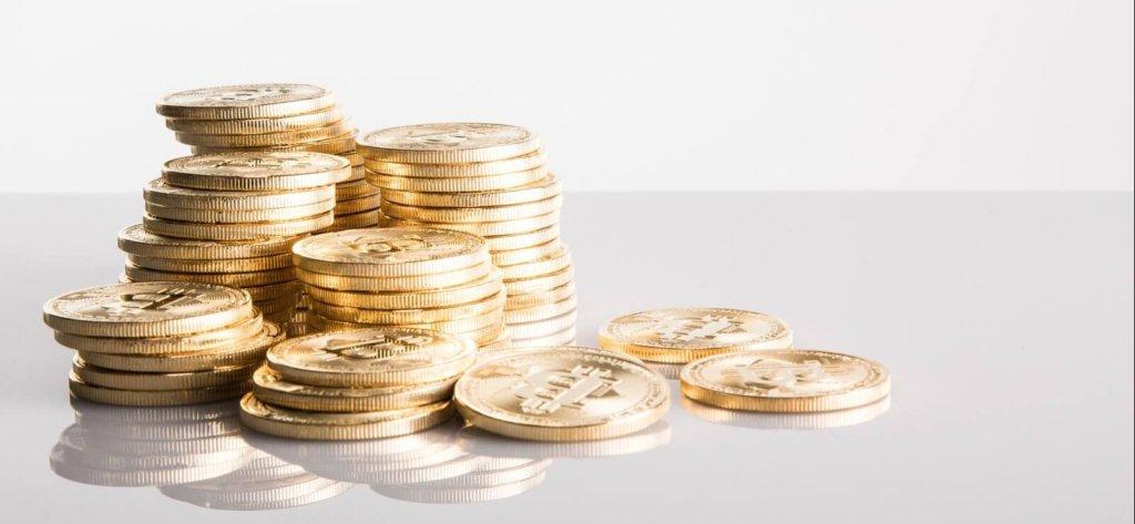 コインの山積み